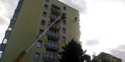 Vyčištění staré fasády silikonové wapkou